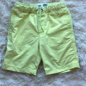 5/$25 washed neon yellow shorts boys size S (6-7)